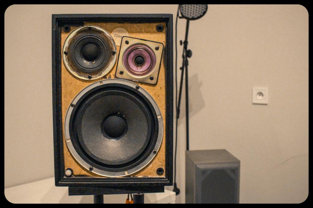 vintage fidelity speaker-2019